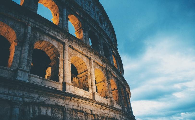 İtaliya maliyyə fəlakəti